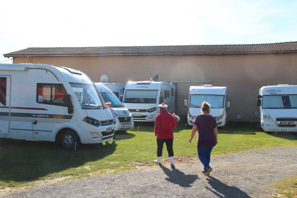 Aire camping-car à Langon (33210) - Photo 3
